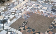 Ostia, aula di Marte e Venere (II, IX, 3), opus sectile marmoreo (William L. MacDonald Collection, Princeton University, Department of Art and Archaeology, da www.artstor.org).